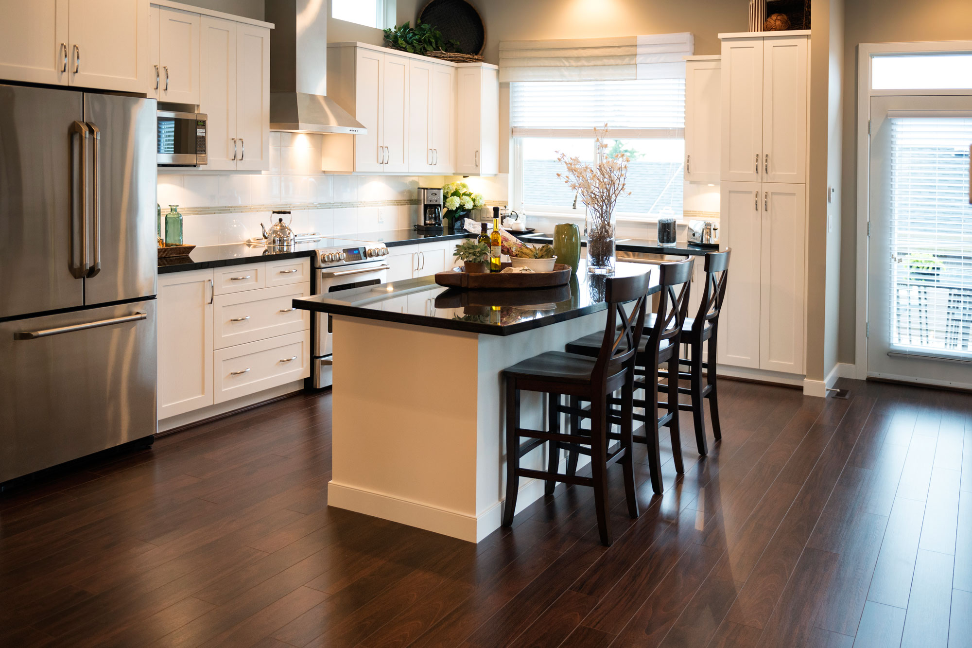 Kitchen Flooring in San Fernando Valley and Los Angeles
