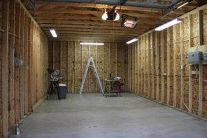 How much is the cost to build a garage in los angeles for Cost to build a house in louisiana