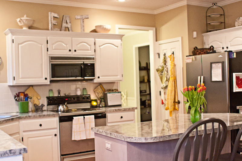Kitchen Cabinets Decorative Accessories - Necessary Add-On ...